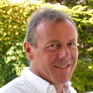 Dr Gilles Korb