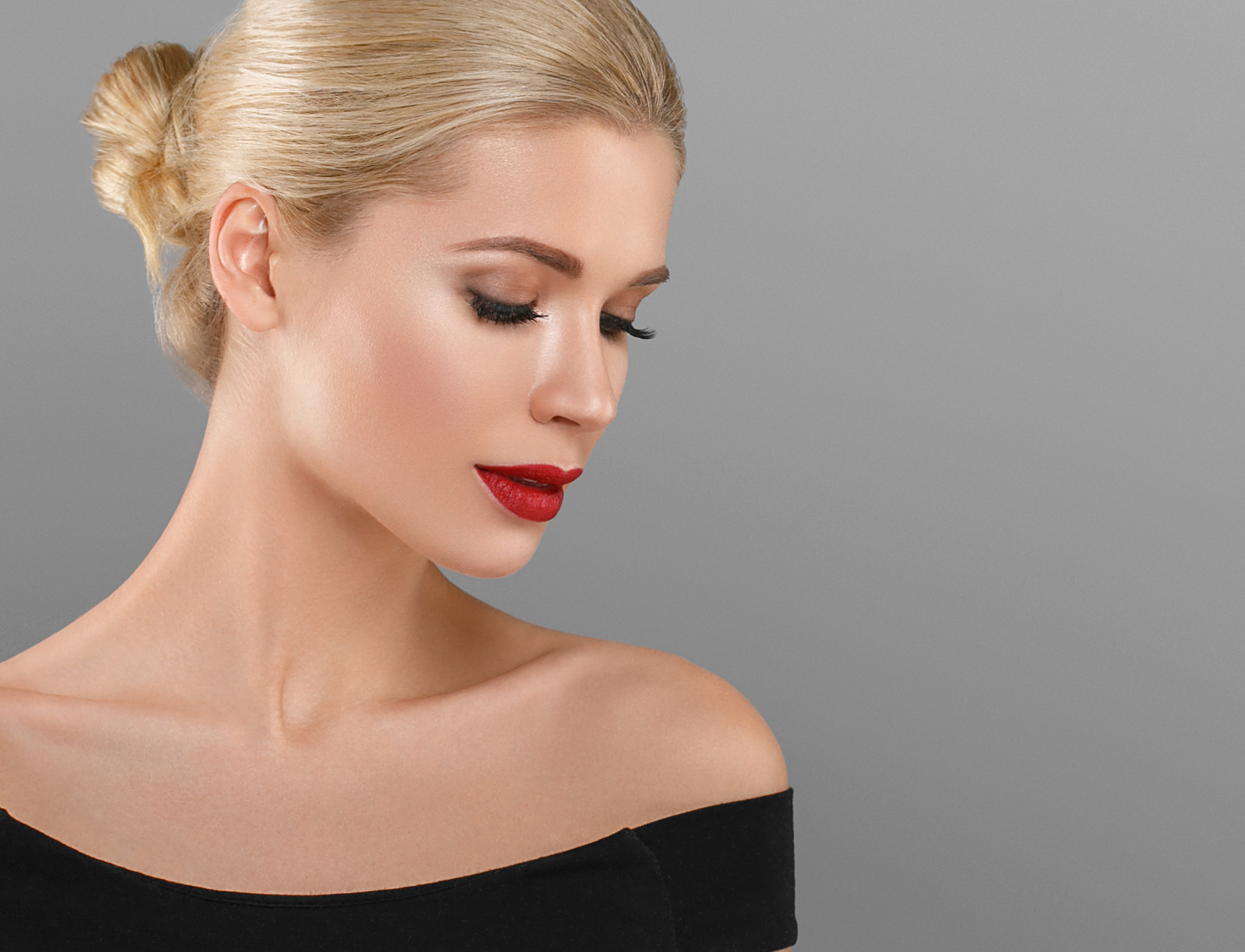 La prise en charge des volumes du visage par les acides hyaluroniques