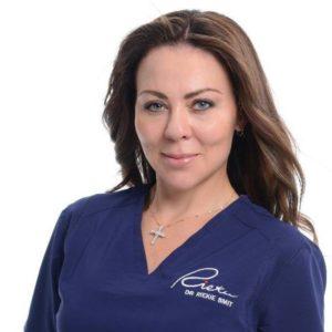 Dr Riekie Smit médecin esthétique