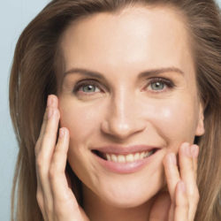 Lisser durablement le fripé des joues et retendre les traits du visage